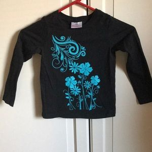 Hanna Andersson black shirt blue flowers. Size 6